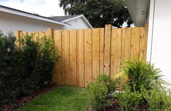 Fencing Contractors in Orlando, FL