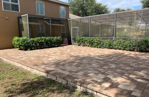 A great job done by our pavers in Orlando, FL, and client was happy and satisfied with the result.